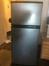 Insignia 4 3 Cu  Ft  Mini Fridge   Stainless steel