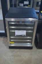 Summit SWC530LBIST 24  Stainless Wine Cooler NOB  862 CLW