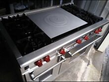 WOLF RANGE 48  All gas  2 Large Ovens  French top  4 Burners  Warranty
