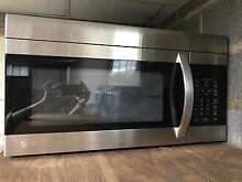 LG Electronics 1 6Cu  Ft  Over Range Microwave Oven In Stainless Steel