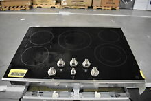 GE PP7030SJSS 30  Stainless 5 Element Electric Cooktop NOB  34392 CLW