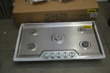 Frigidaire FFGC3626SS 36  Stainless 5 Burner Gas Cooktop NOB  36994 HRT