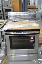 Frigidaire FFEF3016TS 30  Stainless Electric Range NOB  35070 HRT