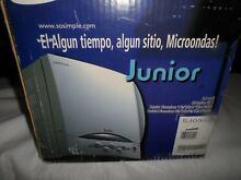 Samsung Junior Mini Compact White Microwave Oven Dorm RV Camper SJ0390W