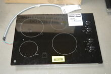 GE JP3030DJBB 30  Black Smoothtop Electric Cooktop NOB  33661 HRT