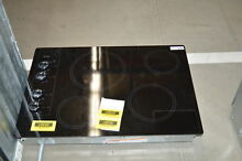 Whirlpool W5CE3024XB 30  Black Smoothtop Electric Cooktop NOB  35307 HRT