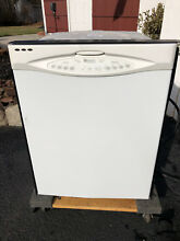 Maytag Dishwasher  Quiet Series 300  White  5 Wash Cycles  Auto Clean