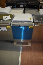 GE GDF630PSMSS 24  Stainless Full Console Dishwasher NOB  37165 CLN