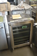Viking VWUI5240GRS 24  Stainless Under Counter Wine Cooler NOB  32679 HRT