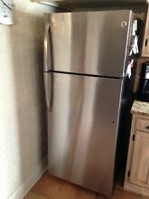 GE Stainless Steel Refrigerator   great condition   18 1 cu ft  28W x 67 3 8H