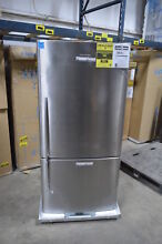 Fisher Paykel E522BLX5 32  Stainless Bottom Freezer Refrigerator NOB  2728 MAD