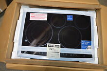 Electrolux EW30EC55GB 30  Black Smoothtop Electric Cooktop NOB  11048 MAD