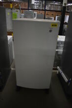 Whirlpool WZF34X16DW 30  White Upright Freezer NOB  39950 MAD