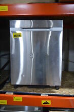 Samsung DW80J7550US 24  Stainless Fully Integrated Dishwasher NOB  7583 MAD