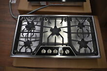 Thermador SGSX365FS 36  Stainless Gas 5 Burner Cooktop NOB  35828 HRT