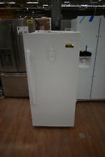 GE FUF14DLRWW 29  White Upright Freezer NOB  37946 HRT