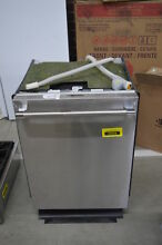 Thermador DWHD860RFP 24  Stainless Fully Integrated Dishwasher NOB  31935 CLW