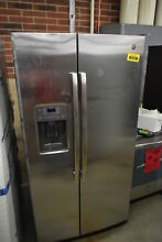 GE GSS25GSHSS 36  Stainless Side By Side Refrigerator NOB  42445 HRT