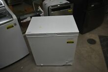 Insignia NSCZ50WH6 29  White 5 CU FT  Chest Freezer NOB  44365 CLN