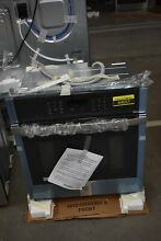 GE JKS3000SNSS 27  Stainless Single Electric Wall Oven NOB  44657 HRT