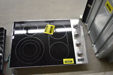 Viking VEC5304BSB 30  Stainless Smoothtop Electric Cooktop NOB  31363 CLW