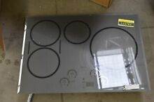 GE Caf  CHP95302MSS 30  Black 4 Elements Induction Cooktop NOB  110761
