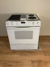Jenn Air 30  Electric Downdraft Range With Grill  Slide In  Excellent   Clean