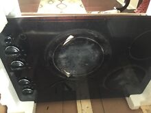 GE Smooth Surface Electric 30  Cooktop JP356B   used  crack surface