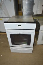Frigidaire FFGW2415QW 24  White Single Gas Wall Oven NOB  17969