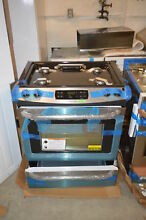 Frigidaire LFGS3025PF 30  Stainless Slide In Gas Range NOB   21678 T2 CLW
