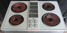 Jenn Air 30  inch electric downdraft cooktop mostly new CVE4180W white