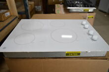 GE JP3030TJWW 30  White Smoothtop Electric Cooktop NOB  24766