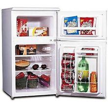 Mini Fridge Compact Refrigerator Freezer Dorm Rooms 3 2 cu ft 2 Door Basements