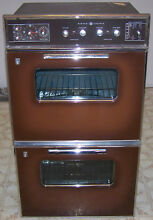 GENERAL ELECTRIC DOUBLE OVEN  FOUR BURNER COOK TOP   COOK TOP RANGE HOOD