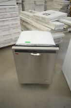 Whirlpool WDF560SAFM 24  Stainless Steel Built In Dishwasher NOB T2   25735 HL