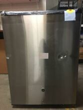 GE   Spacemaker 5 6 Cu  Ft  Mini Fridge   Stainless steel  Dent