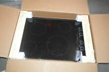 Whirlpool W5CE3024XB 30  Black Smoothtop Electric Cooktop NOB  26751 HL