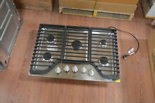 Whirlpool WCG97US0DS 30  Stainless 5 Burner Gas Cooktop NOB  27870 HL