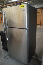 GE GTS21FSKSS 32  Stainless Top Freezer Refrigerator NOB  29359