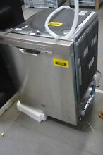 GE GDF570SSJSS 24  Stainless Full Console Dishwasher NOB  29366