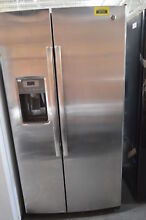 GE GSE25GSHSS 36  Stainless Side by Side Refrigerator NOB  29641 HL