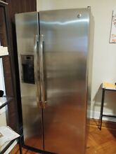 GE   23 2 Cu  Ft  Side by Side Refrigerator   Slate 33 in