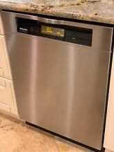 Miele La Perla II dishwasher in great condition  Stainless steel face  G2832
