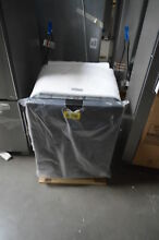 Whirlpool WDT730PAHV 24  Black Stainless Integrated Dishwasher NOB  30998 HRT