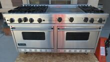 VIKING PRO STYLE VGRC6056GDSS 60  GAS RANGE  6 BURNERS  DOUBLE GRIDDLE
