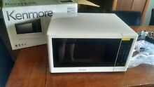 Kenmore 1 2 cu  ft  Countertop Microwave 1100 Watts  White 75652 NEW
