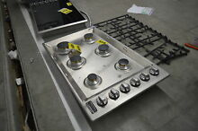 Viking 5 Series VGSU5366BSS 36  Stainless 6 Burner Gas Cooktop NOB  31863 CLW