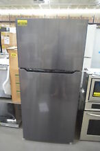 Insignia NSRTM18BS8 30  Black Stainless Top Freezer Refrigerator NOB  27825 CLW
