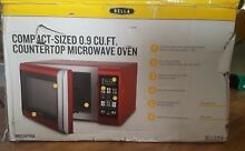 Bella   0 9 Cu Ft  Compact Countertop Microwave Red with Chrome