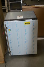 U Line U3024RS00A 24  Stainless Built In Compact Refrigerator NOB  35413 CLN